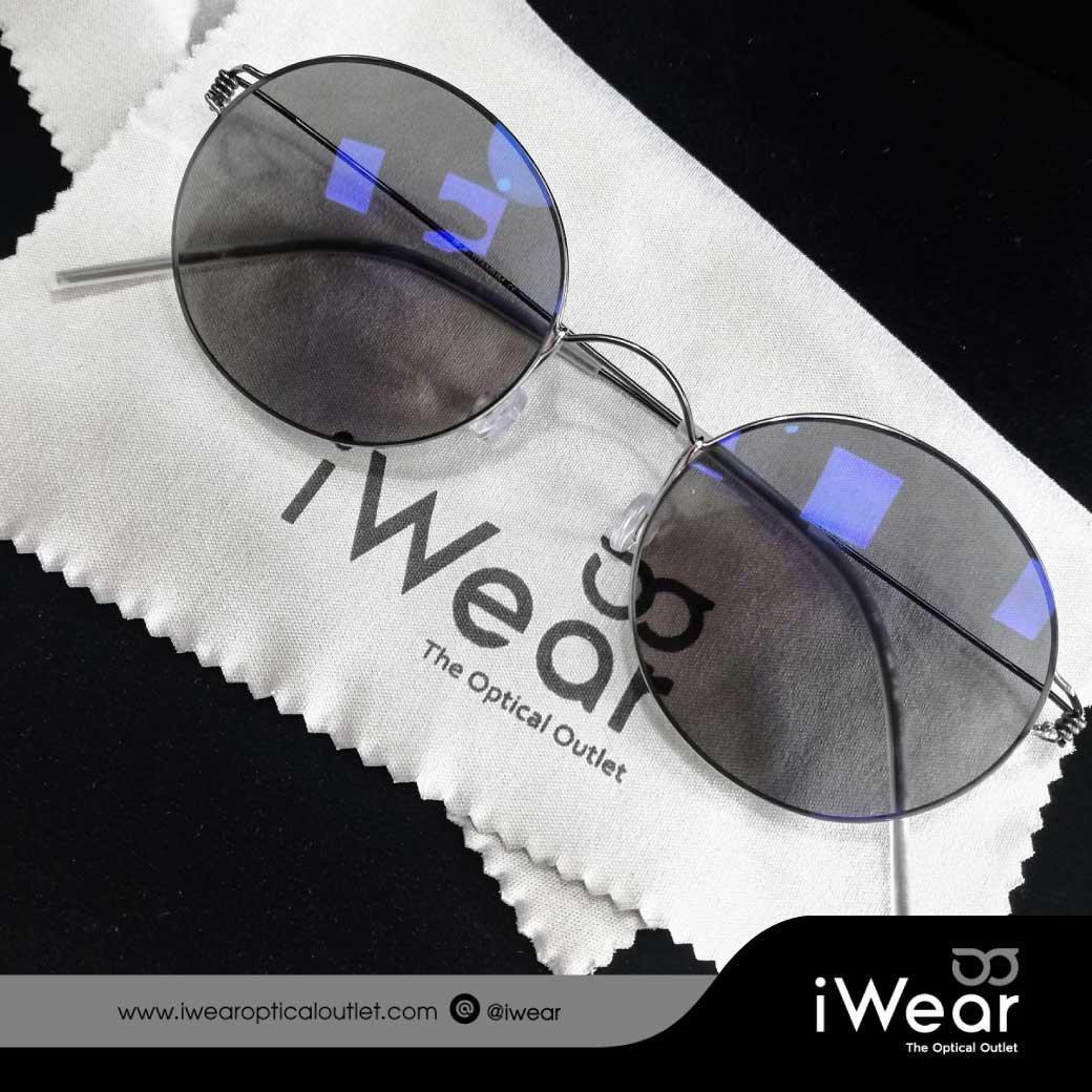 แว่นสายตา เลนส์โปรเกรสซีฟ Premium ออกแดดเปลี่ยนสี