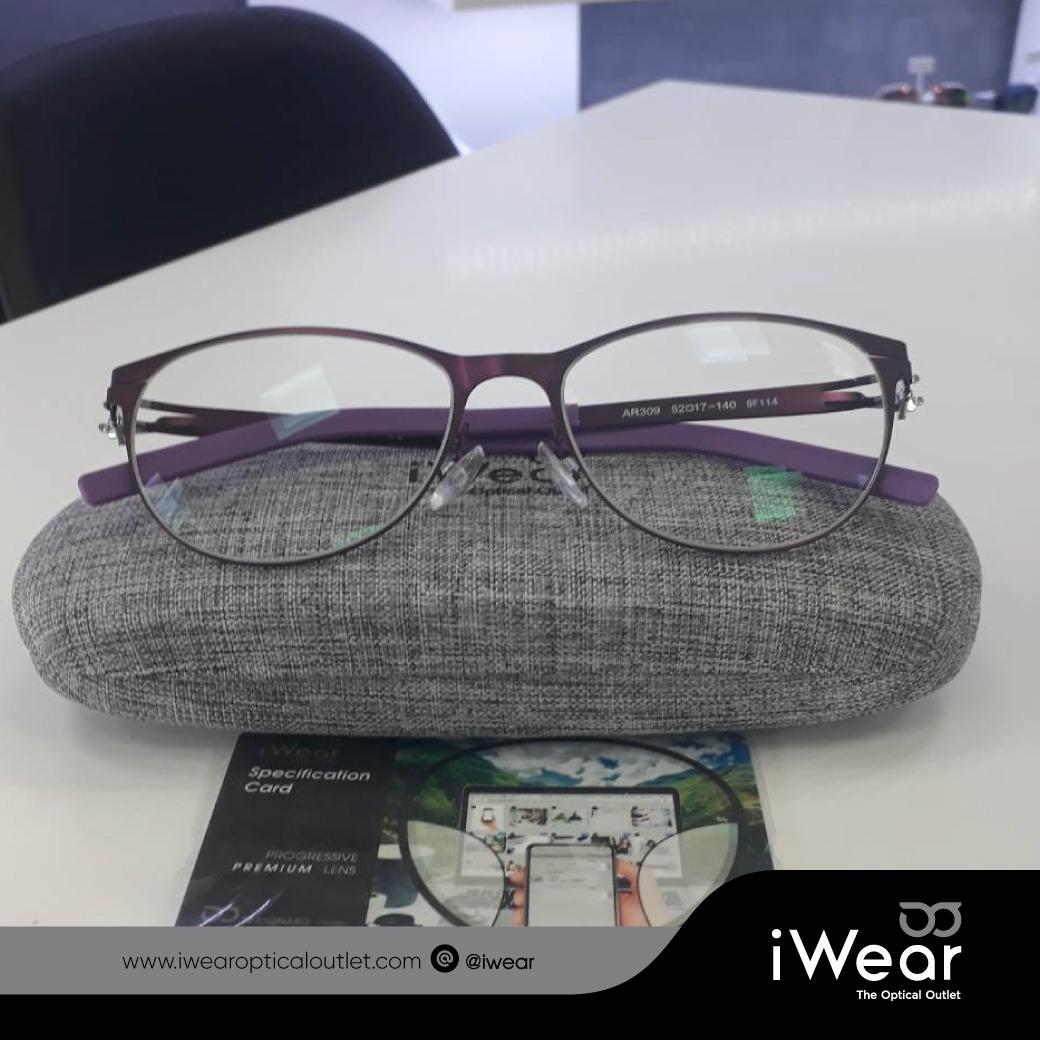 แว่นสายตา เลนส์โปรเกรสซีฟ  รุ่น PIus Premium  1.6