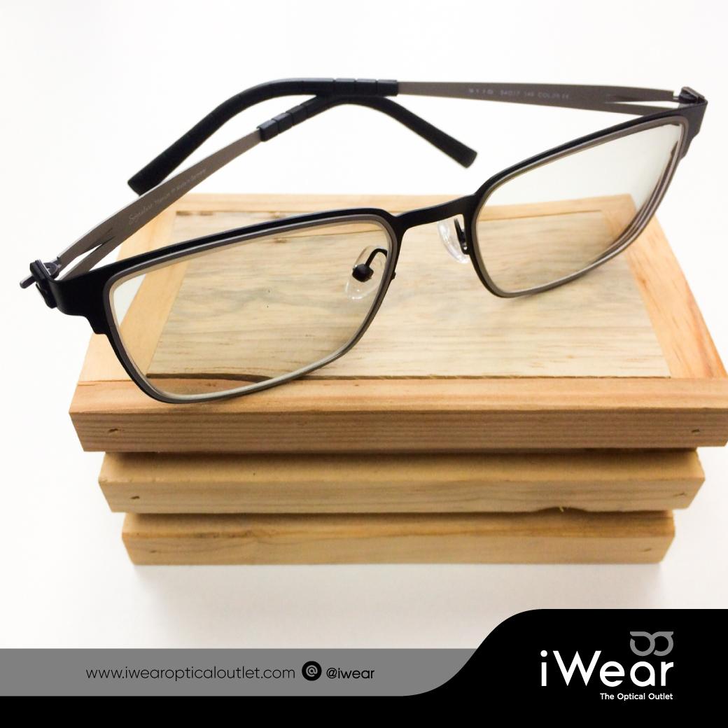 ผลงานประกอบแว่นสายตา เลนส์ โปรเกรสซีฟ